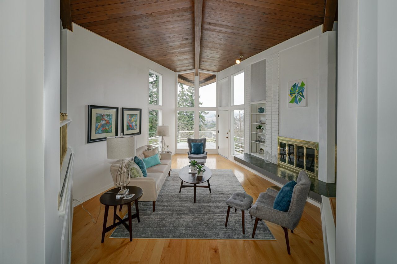 A midcentury modern home in Salem OR called the star house